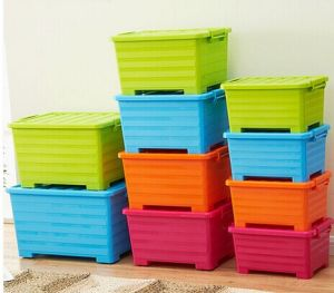 Big Size Several Colours Plastic Storage Box with Wheel pictures & photos