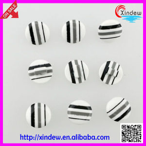 Black Plastic Buttons for Garments pictures & photos