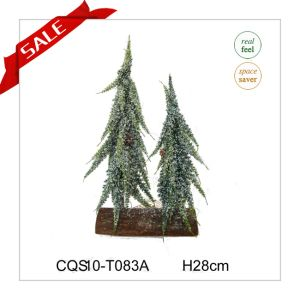 20cm Mini PE Christmas Decoration Artificial Tree pictures & photos