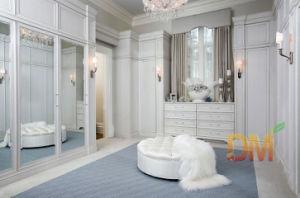 Luxury White Solid Wood Walk in Wardrobe with Mirror