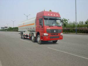 HOWO Fuel 36000 Liters 371 HP Tank Truck pictures & photos