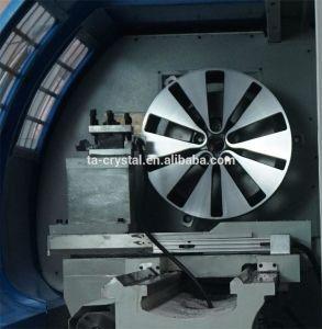 Horizontal CNC Alloy Wheel Repair Lathe Machine (CK6177) pictures & photos