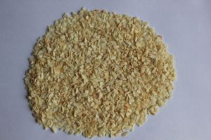 New Crop High Quality Chinese Garlic Granule pictures & photos