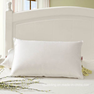 Natural White Duck Feather Pillow for Hotel & Home pictures & photos
