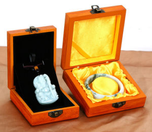 High-End Wooden Jadeware Showing Box pictures & photos