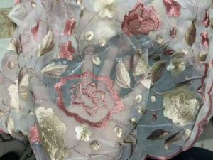 Fashion Embroidery Flower Lace Fabric for Dress Clothing pictures & photos