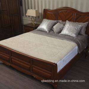Australian Wool Quilted Reversible Mattress Topper pictures & photos