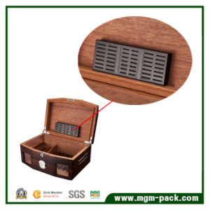 Hot Sale Wooden Retro with Hygrometer Cigar Box pictures & photos