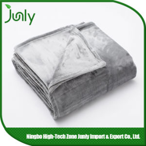 Cheap Highquality Popular Lightweight Microfiber Blanket Bed Blankets pictures & photos
