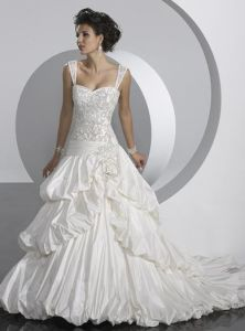Wedding / Bridal Dress (DNW1042)
