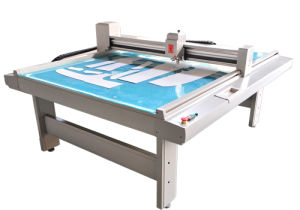 Garment Cutting Machine pictures & photos