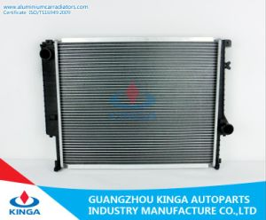 Engine Parts Radiator OEM 1468078/1719260/2241912 for BMW 320/325/530/730′91-94 Mt pictures & photos