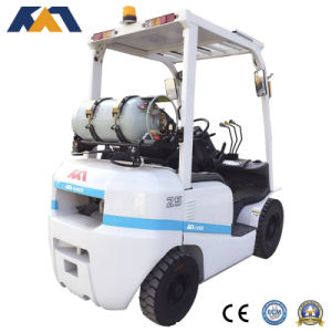 Tcm Technology 2.5ton LPG Forklift with Japanese Original Nissan Engine pictures & photos