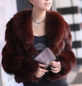 Ladies′ Suit Collar Short Fur Coat with Fox Fur pictures & photos