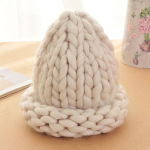 Korean Lovely Ladies Hand Knitted Cable Wool Cap Hat Beanie pictures & photos