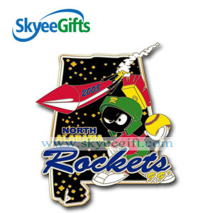 High Quality Hard Enamel Metal Badge for Sport pictures & photos
