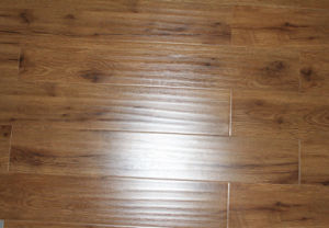 Customised High Density Materials 800g/cm3, AC2, AC3, AC4, V-Goove, Painted, Hand Scraped Laminate Flooring 8mm pictures & photos
