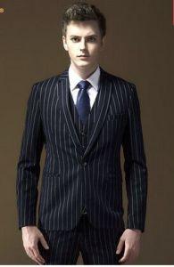 2016 Latest Men Black Striped Suit fashion and Slim Suit pictures & photos