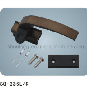 Aluminum Window/Door Handle Hardware (SQ-336 L/R) pictures & photos