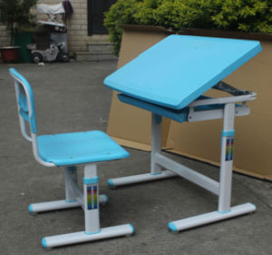 Competitive Price Colorful Furniture Student Table Student Desk and Chair pictures & photos