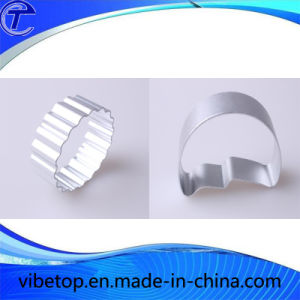 Round Shaped Aluminum Baking Mold and Cookie Cutters pictures & photos