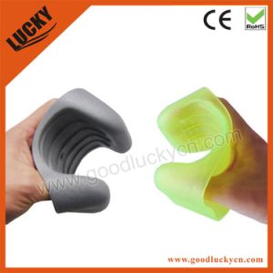 Fishing Hand Protector Fishing Tackle (LFT006) pictures & photos
