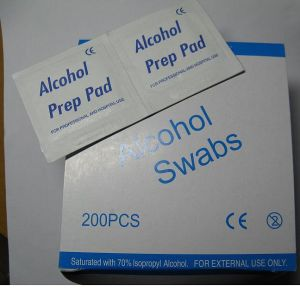 Medical Grade 70% Isopropyl Alcohol Wipes From Chinese Factory pictures & photos