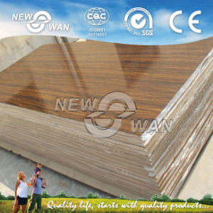 1220*2440*18mm Shining UV MDF for Kitchen Cabinet (NHGM-1128) pictures & photos