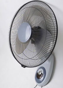 16 Inches DC12V Wall Fan pictures & photos