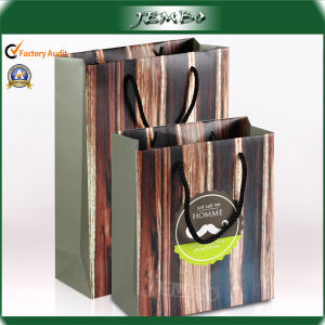 High Quality Recycled Fashion New Paper Clothes Bag pictures & photos