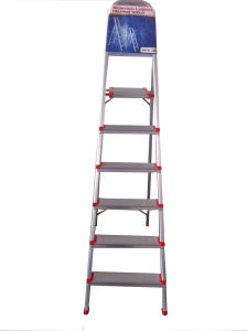 1.2m Aluminum Alloy 6-Step Household Ladder pictures & photos