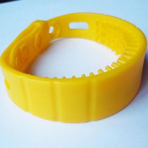 Adjustable UHF Silicone Smart Bracelet RFID Wristband