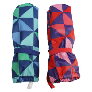 Red Contrast Check PU Rain Gloves for Baby/Child pictures & photos