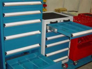 Competitive Low Price Tool Trolley pictures & photos