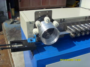 Spiral Flexible Aluminum Foil Duct Machine pictures & photos