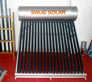 Compact Evacuated Tube Unpressurized Solar Water Heater pictures & photos