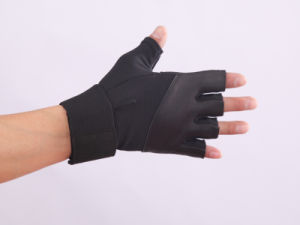 QS-0068 Micro Fiber Fitness Gloves