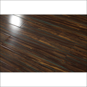 Modern Design Painting Surface Laminate Flooring with V-Groove pictures & photos