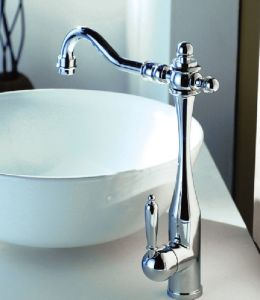Special Red Pipe Pull out Kitchen Faucet pictures & photos