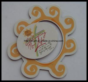 Hot Promotional Customized Paper Colorful Printing Magnetic Photo Frame pictures & photos