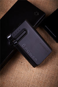 Mobile Phone Accessories 6600 mAh Power Bank USB Portable Charger with Bluetooth Headset pictures & photos