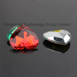 Decorative Heart Shape Acrylic Loose Rhinestones for Gift Accessories pictures & photos