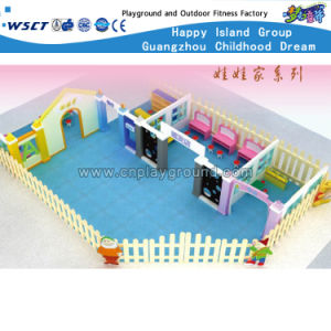 Large Plastic Doll House for Kids Play (HB-wwj-2) pictures & photos
