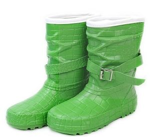 Girl′s Rubber Boots pictures & photos