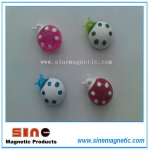 Hot Promotional Magnetic Plastic Button pictures & photos
