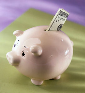 New Design High Quality Piggy Bank pictures & photos