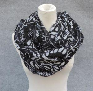 Women′s Fashion Print Infinity Scarf Shawl