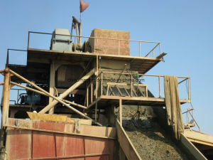 Gold Mining Equipment/Gold Mining Dredging Vessel for Allusive Gold Mining pictures & photos