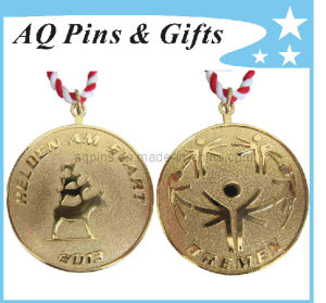 Iron Medals with Gold Plating pictures & photos