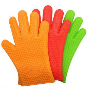 Food Standard Silicone Heat Insulating Gloves pictures & photos